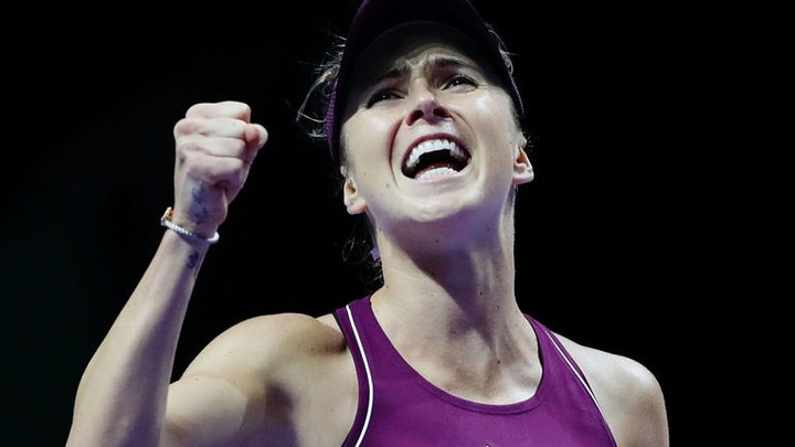 Elina Svitolina closes in on final four at WTA Finals in Singapore