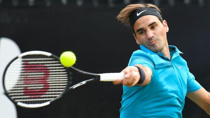 Roger Federer beats Guido Pella to reach Stuttgart Open semi-final
