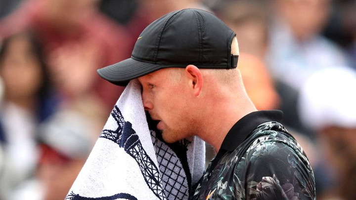 Kyle Edmund's French Open campaign comes to an end as he is forced to retire