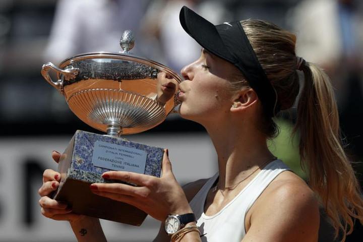 Italian Open: Elina Svitolina beats Simona Halep in Rome final
