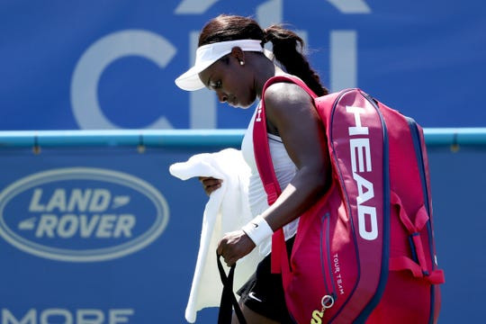 Sloane Stephens, No. 8 in world, falls to No. 70 Rebecca Peterson in first round of Citi Open