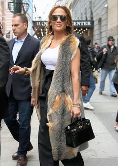 Jennifer-Lopez Bikrin 25 black croco.jpg