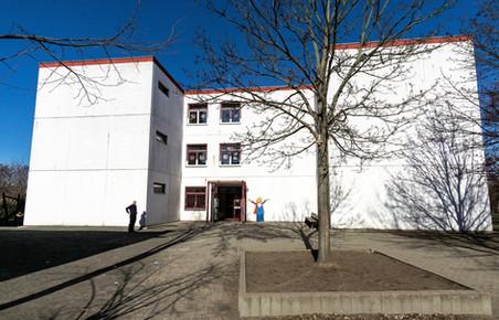 Haus III der WAMS von vorne  (Mozart-Schule)