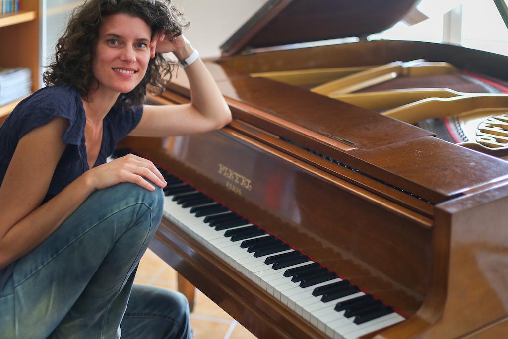 Piano & studio 1/6