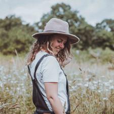 portrait d'Anais Rousseau, photographe à nantes.jpg