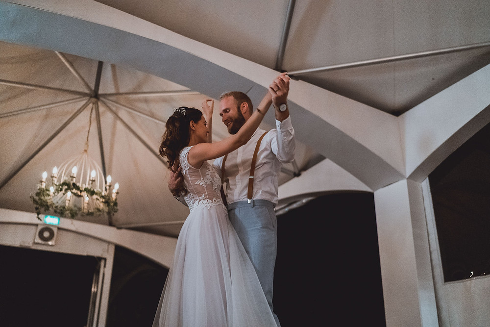 Duo photo et vidéo de mariage à Nantes au Château de Villeneuve à Guérande, en Loire-Atlantique dans les Pays de la Loire.
