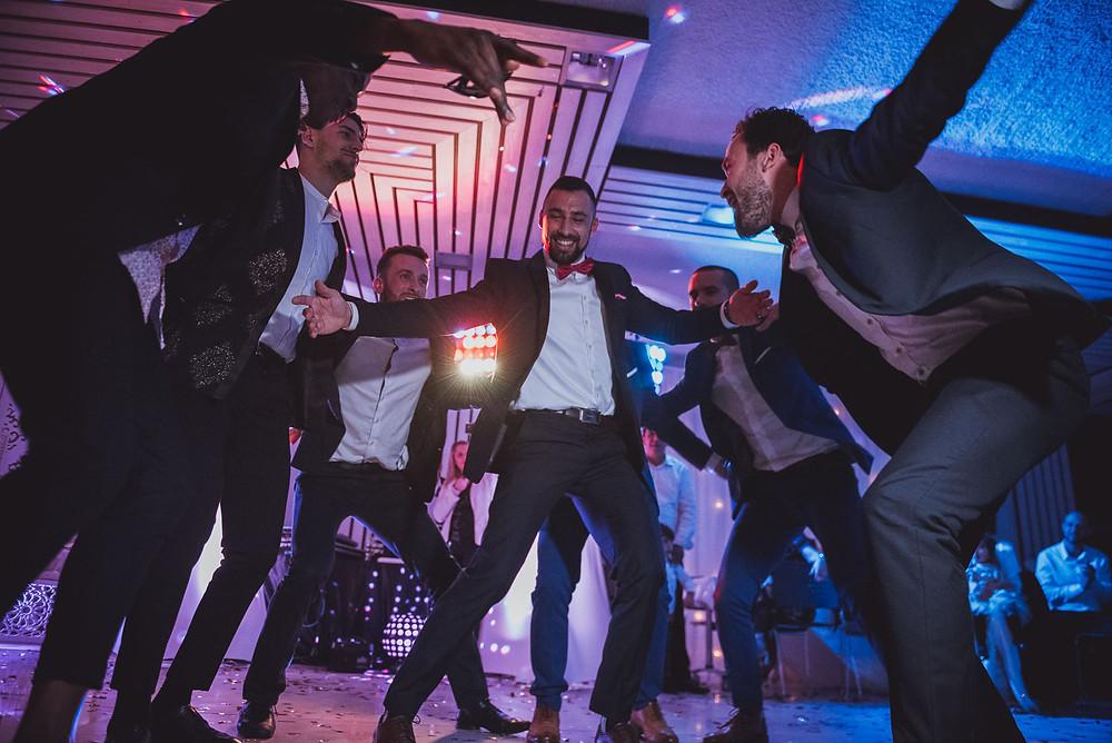 Photographe de dancefloor et de danse en mariage a Nantes en Loire-Atlantique
