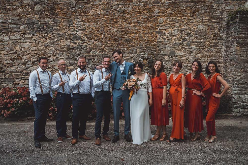 Photographie de groupe pendant le mariage. Conseils pour organiser et réussir ses photos de groupe