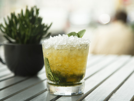 CELEBRATE SUMMER WITH A REFRESHING MINT JULEP