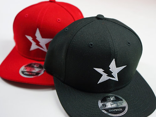 Starstrukt x New Era