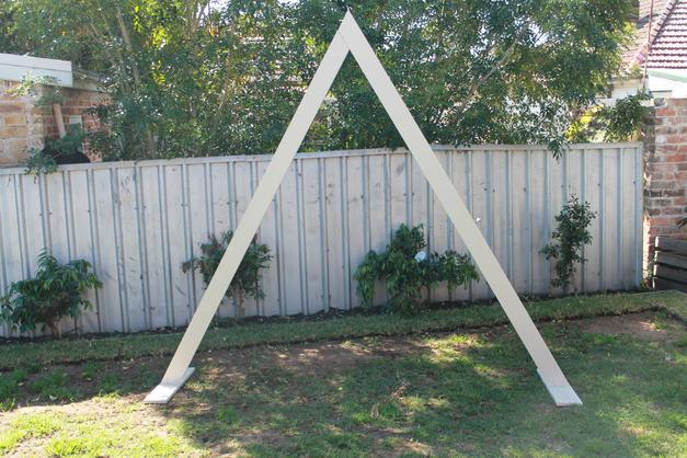Triangle Arch - $150