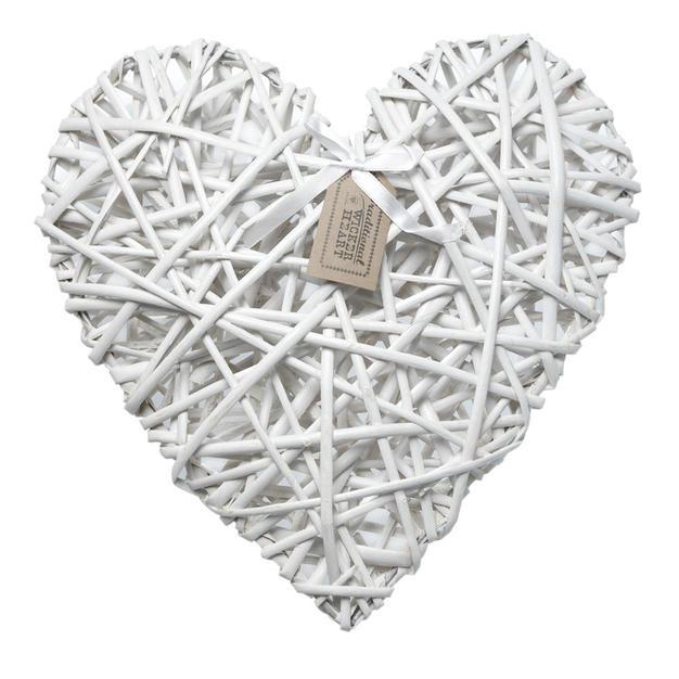 Wicker heart - $2.50
