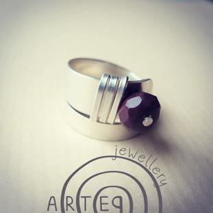 Posato: nuovi anelli in argento puro