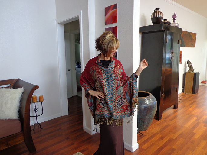 Pashmina poncho that can be worn several ways. Great travel ponsho, shawl, scarf, wrap.