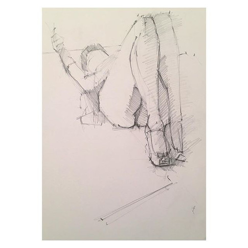 20min pencil drawing of _miss_suzy_saucepot_ modelling at Tuesday night life drawing _love2sketchuk at The Selkirk Tooting #20minute #drawin