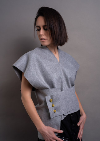 belted shirt in wool