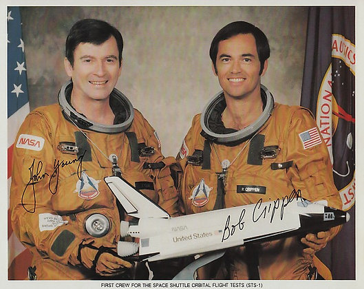FIRST SHUTTLE Crew Signed