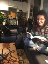 Julia apprends les répliques de Soren