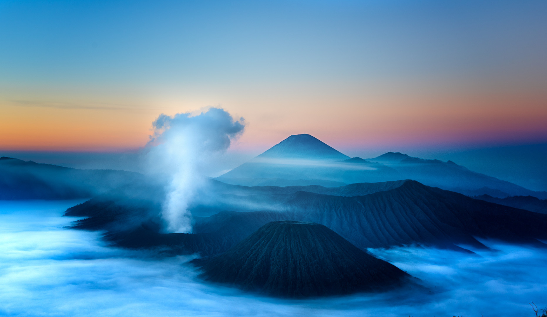 bromo sunrise web.jpg