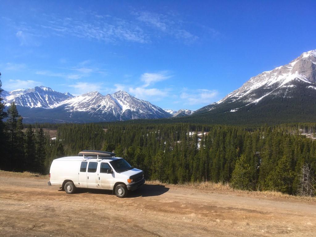 Road trip in Southern Alberta
