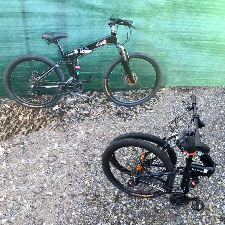 Vélos pliables avec la location de van