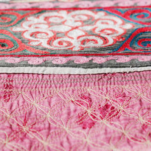 Kazakh bed & sofa spreads