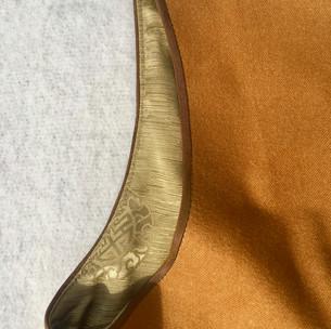 Shoulder sleeve detail ...