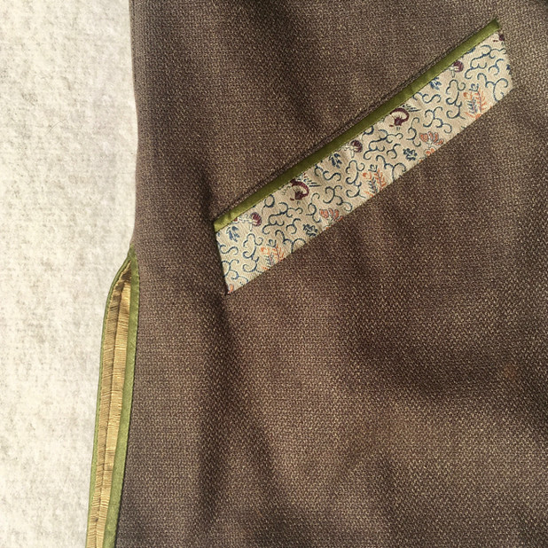 Pocket and finish detail ...