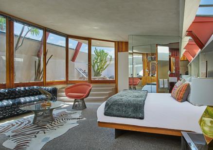 The Redwood Lounge