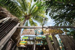 Bacalar syv farver lagune mexico yucatan rejseguide blogpost backpacke tips og råd