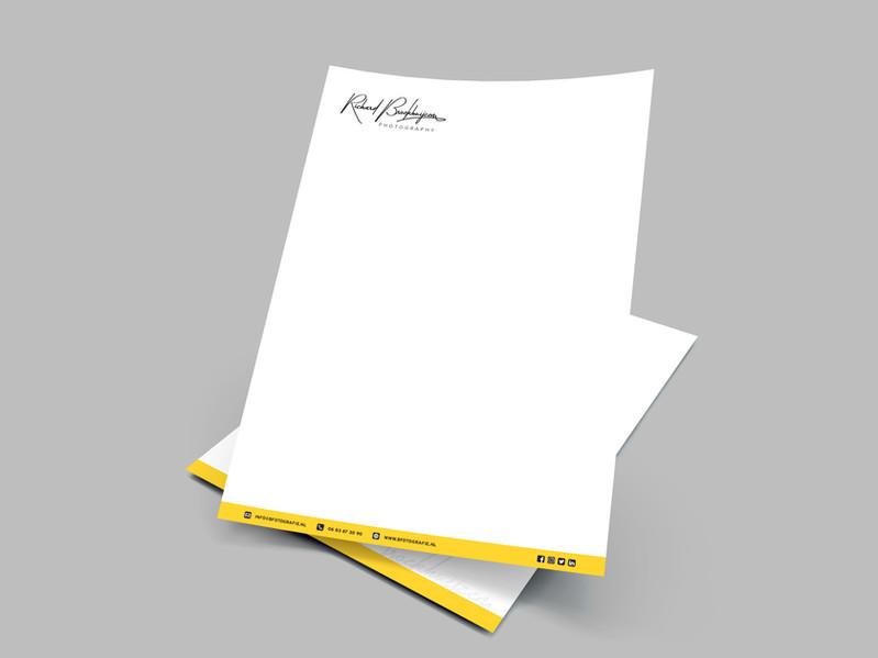 Briefpapier ontwerp voor Richard Broekhuijzen Fotografie