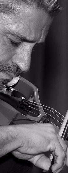 Arlindo Silva, violinista. Fotógrafía de Laura Rojo de Cancún.