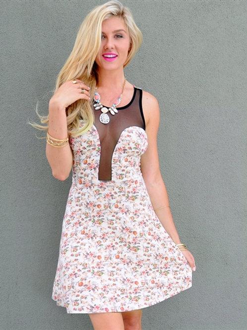 MANITO IVORY FLOWER DRESS