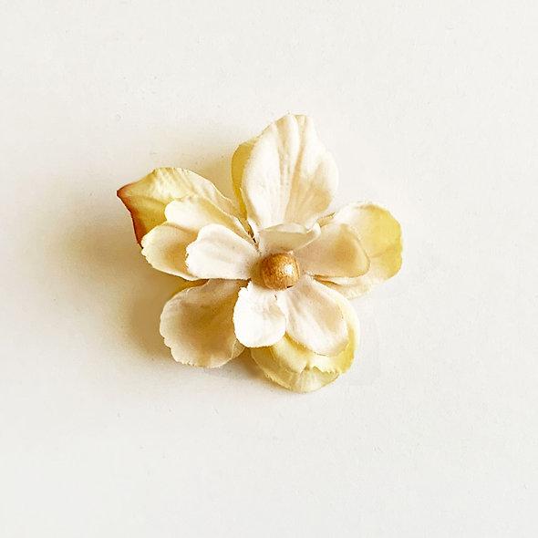 Natural Flower Mask Clip