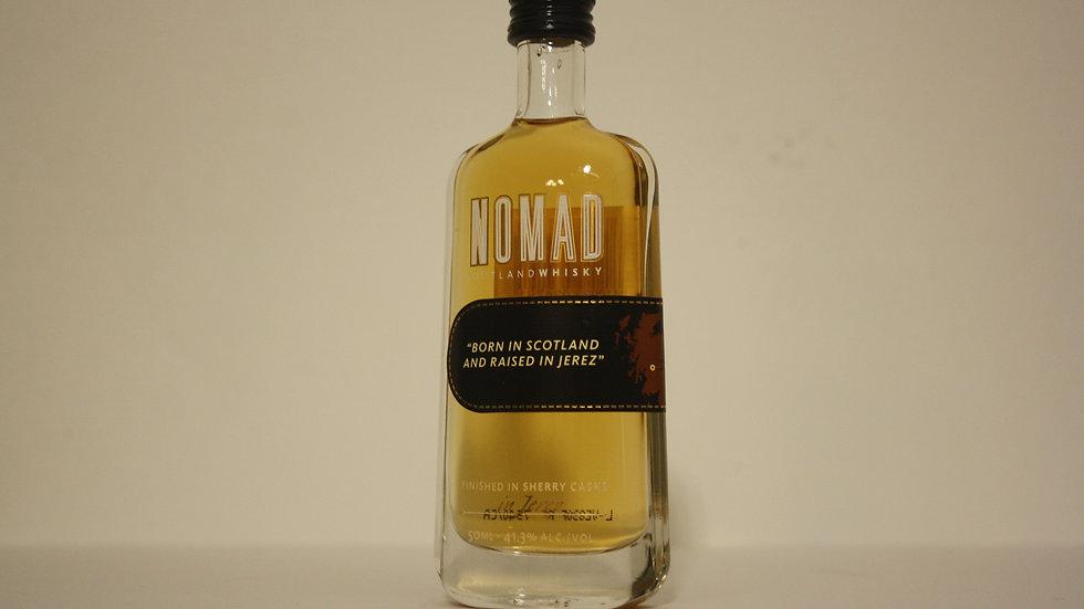 Nomad Outland Whisky Miniatur Vorderansicht