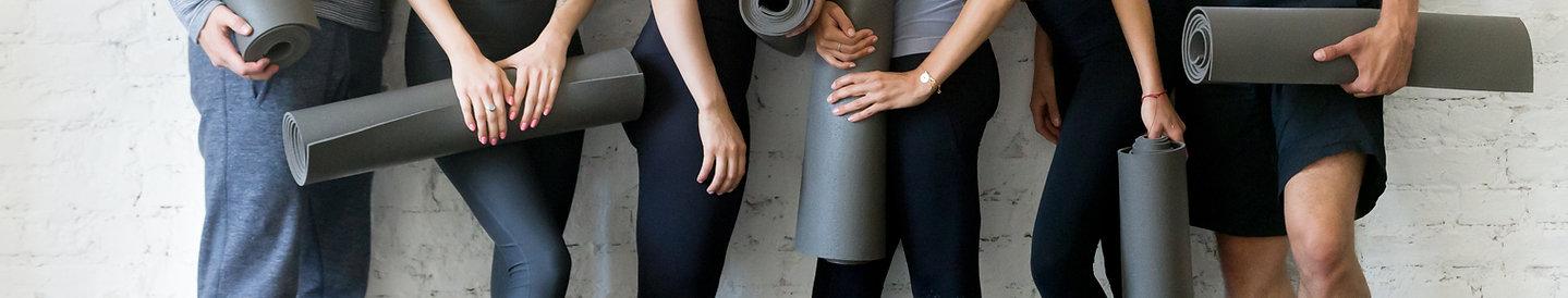 Yoga uddannelse hos Sattva med Mari Nordstrøm. Uddan dit til yogalærer, fordub dig i yin yoga, hatha yoga, yoga nidra og yogaterapi. Yogastudie i København og på Sydsjælland.
