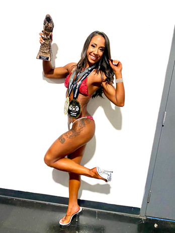 Bikini Clinet Jazmin S. after her amazing placing at Denver Open