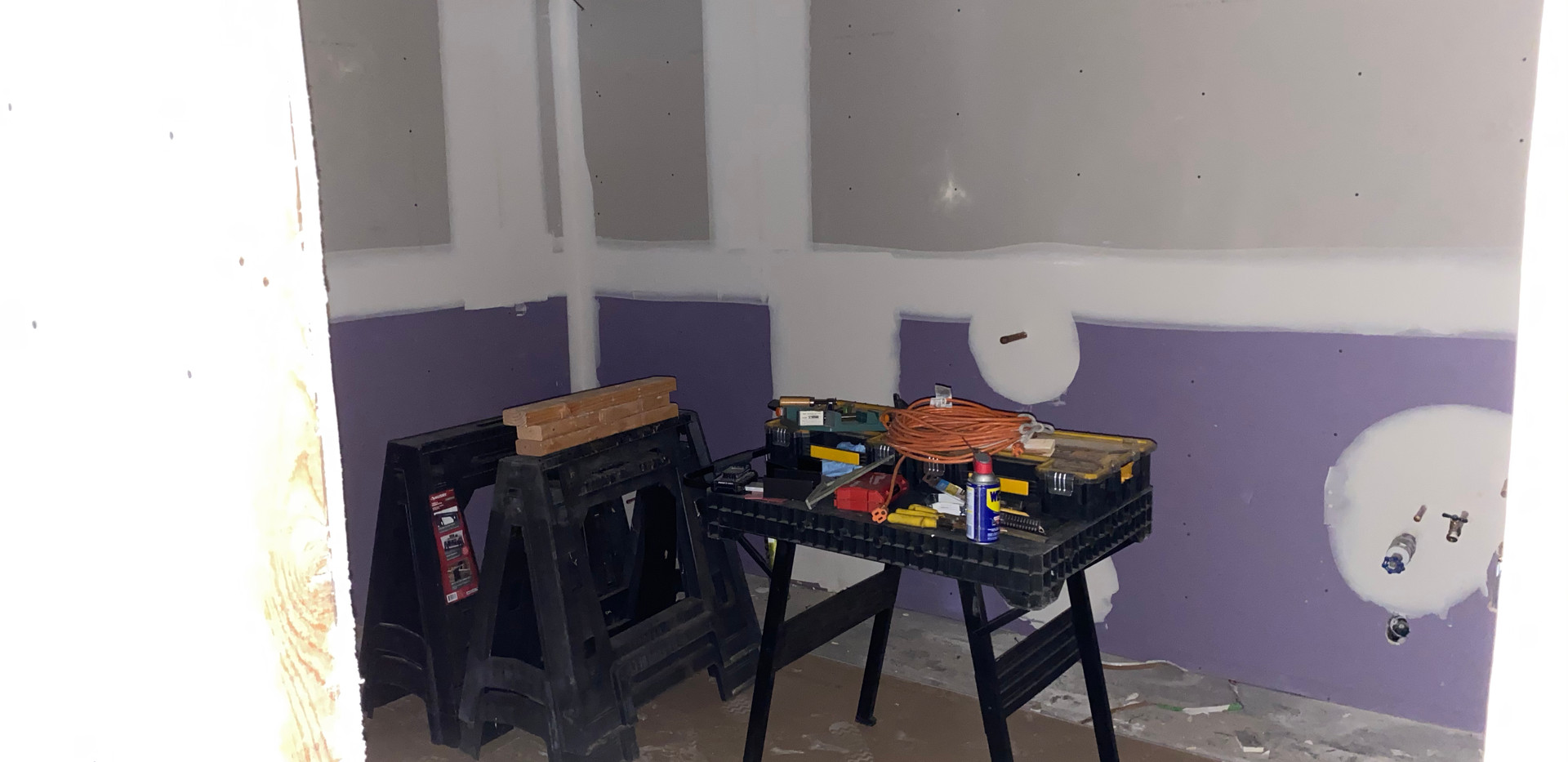 MensBathroom.jpg