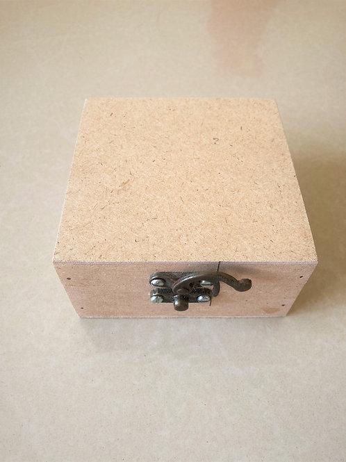 Small Box - 4x4x2 inches