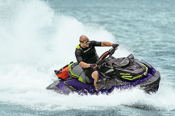 SEA_MY21_RXT_X_DB_Action_4944__100920144