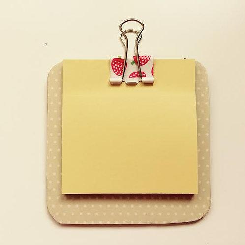 Mini Memo Clip Board Strawberry