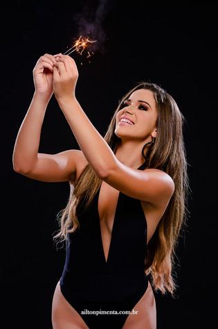 Natalia Gruenewald, Miss Petite Brasil, comemora aniversário