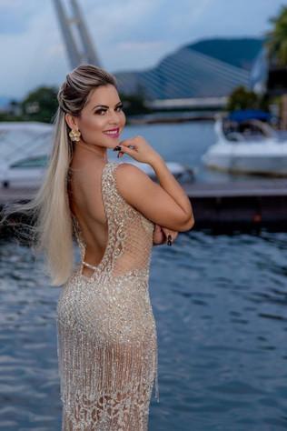 Leticia Viana, posa para fotos e se prepara para carnaval 2022