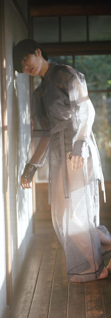 Performer- Maria Abe  Music Ryuichi Ono  Videograph & Fashion design Yuri Sato (Sewing & Assist by Yasuyuki Miyazaki)
