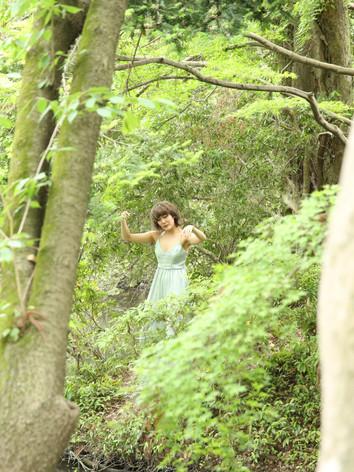"Exibition""Le jardin Convivial""at  Kyoto Botanical Garden     Jukan Tateishi""Abiotope""with Maria Abe, performance,2019.5  ©Yuu Takagi "