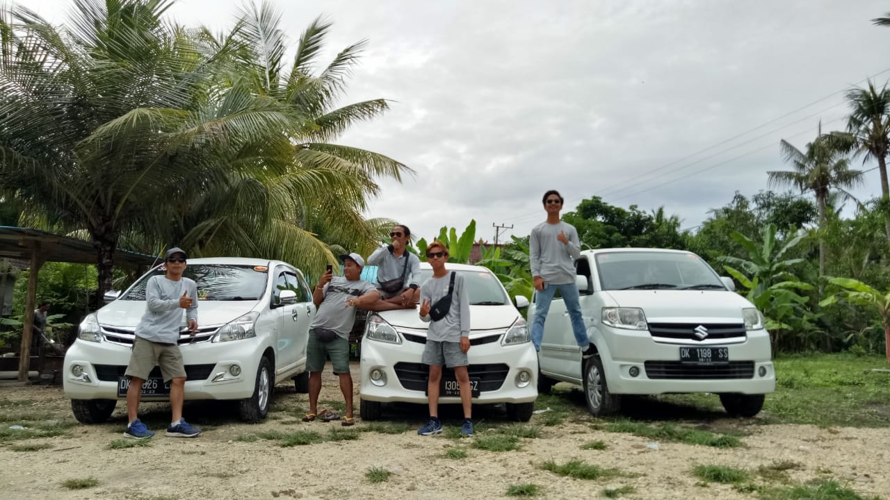 Nusa Penida tour drivers.jpeg