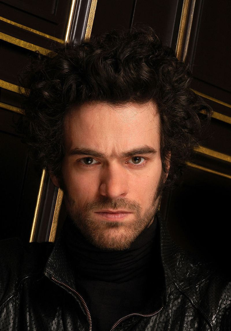 Romain Duris by Côme Bardon