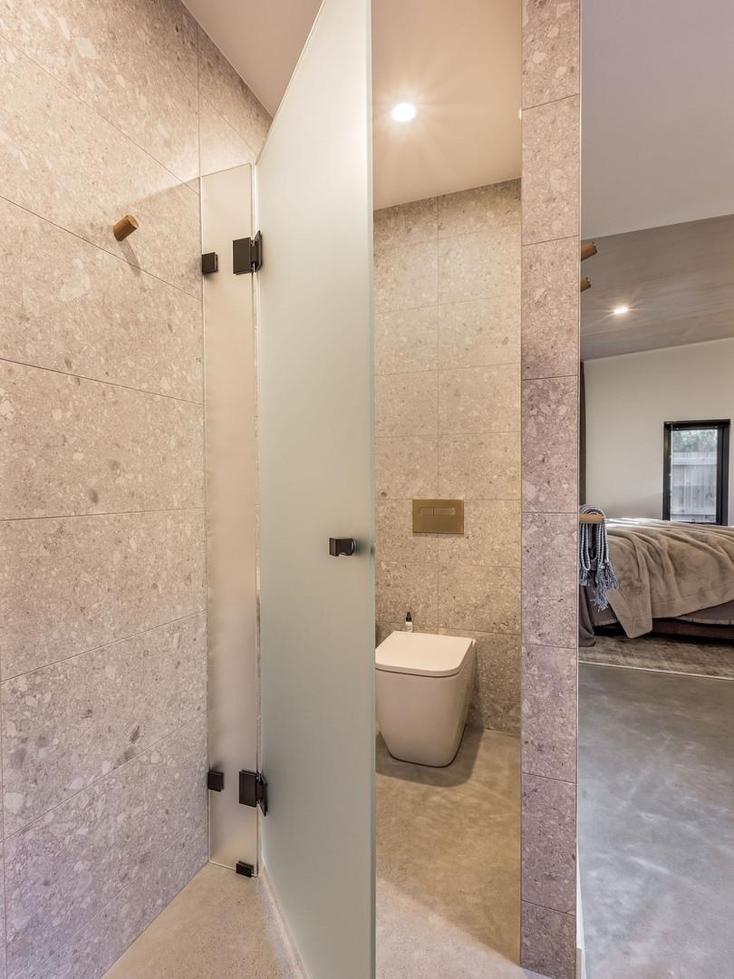MeloStudios_Caesia_Bathrooms-22.jpg