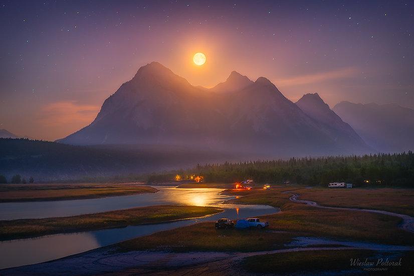 Full Moon Camping, Alberta