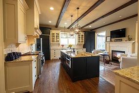 4567 kitchen 2.jpg